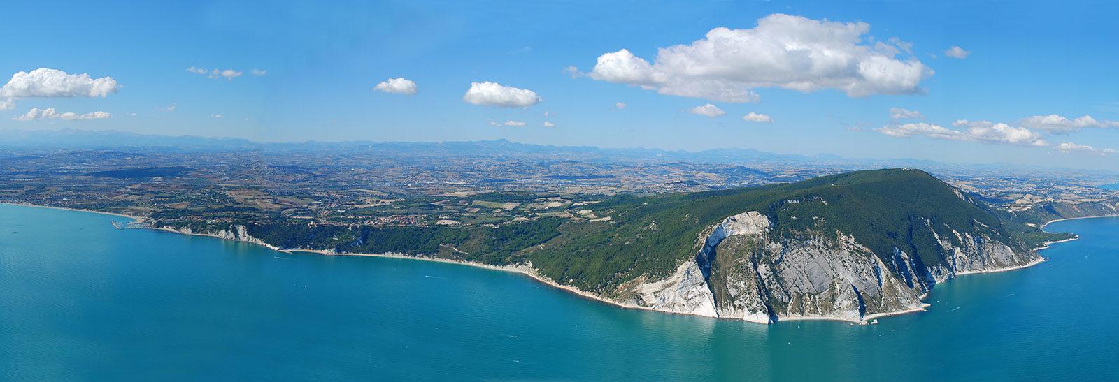 FOTO Panoramica Monte Conero