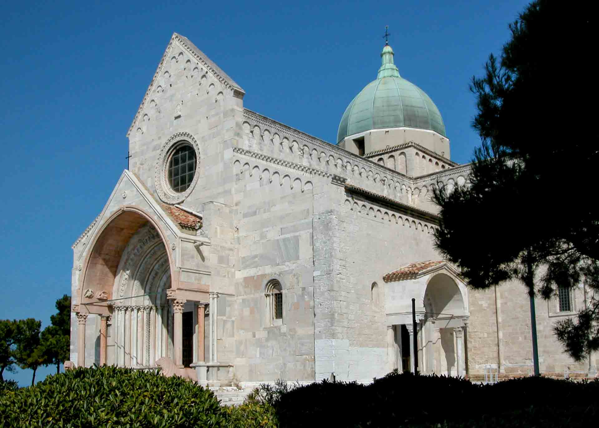 Cattedrale San Ciriaco (2) – © Sauro Strappato