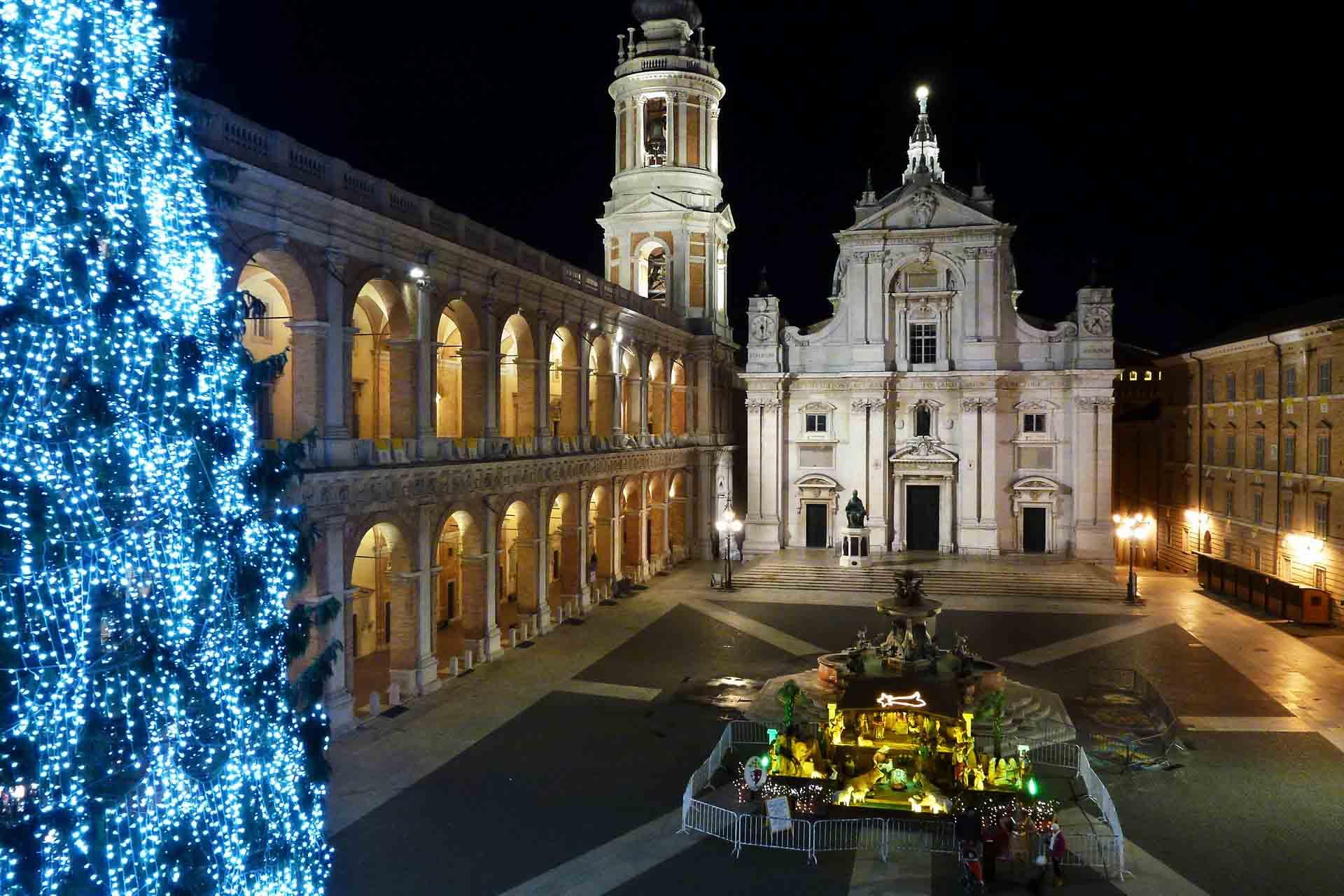 Loreto, piazza della Madonna, Natale