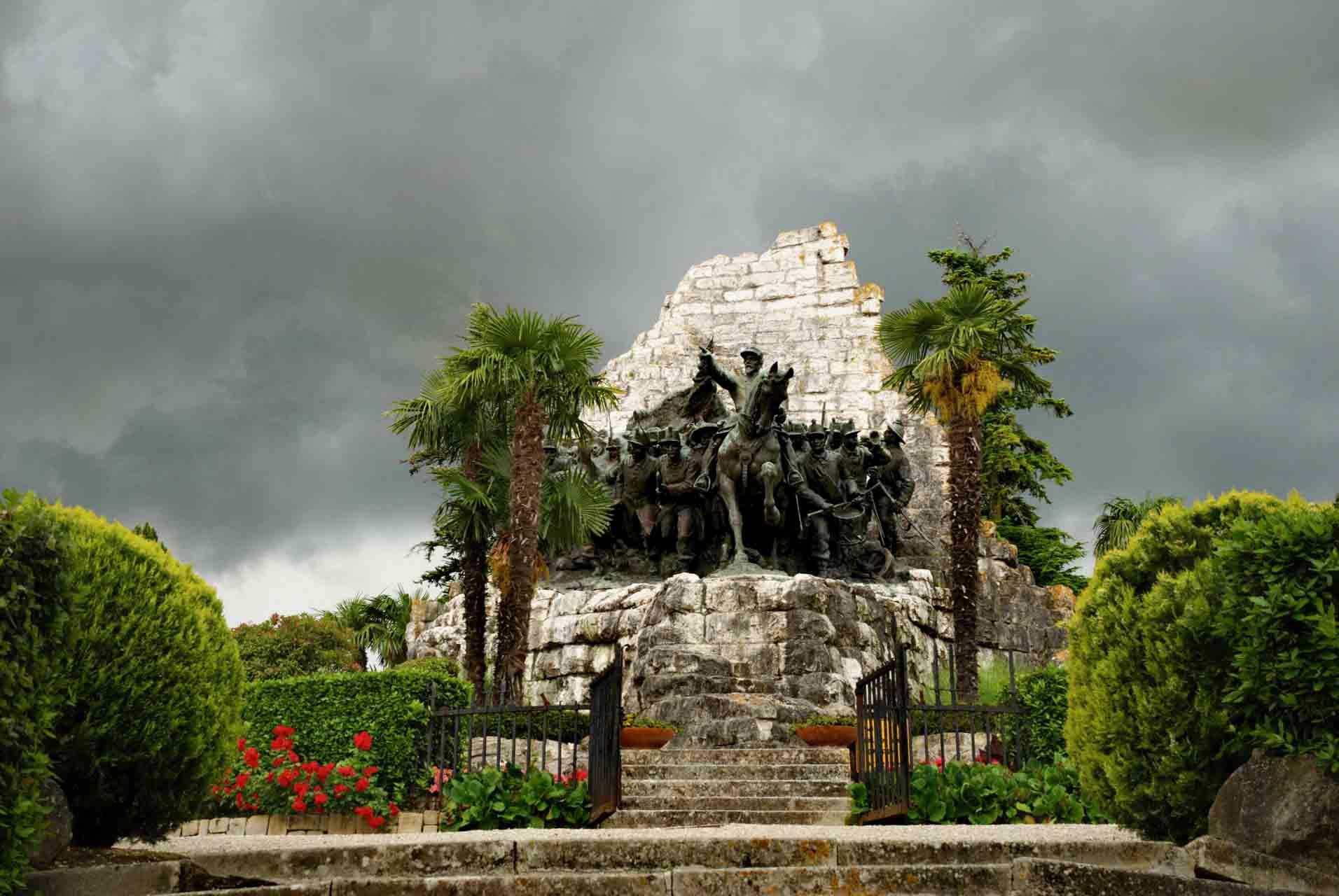 Monumento Nazionale delle Marche – © Sauro Strappato (1)