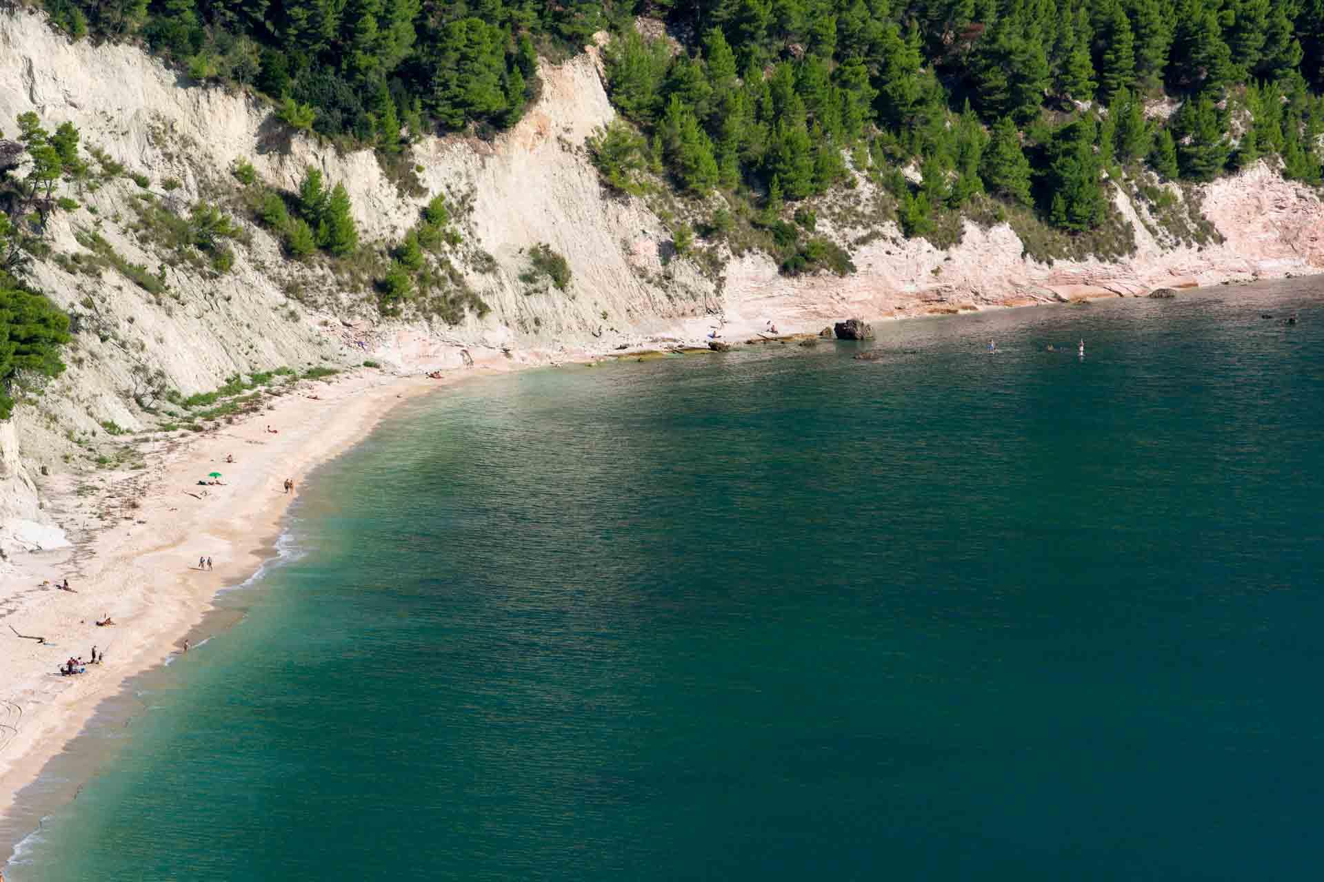 Spiaggia Sassi Neri 3 © Sauro Strappato